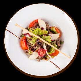 Салат з курячою печiнкою та грушею