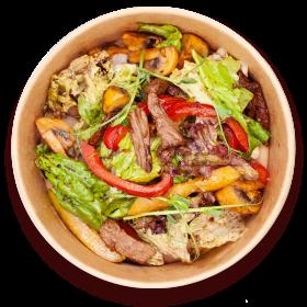 Теплий салат з ніжної телятини